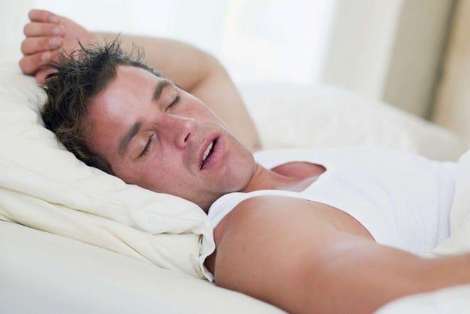 Почему человек потеет в ночное время