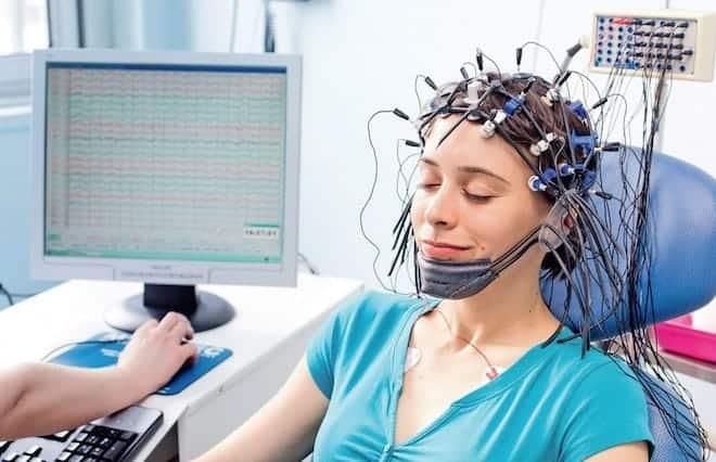 В каких случаях ЭЭГ помогает поставить диагноз