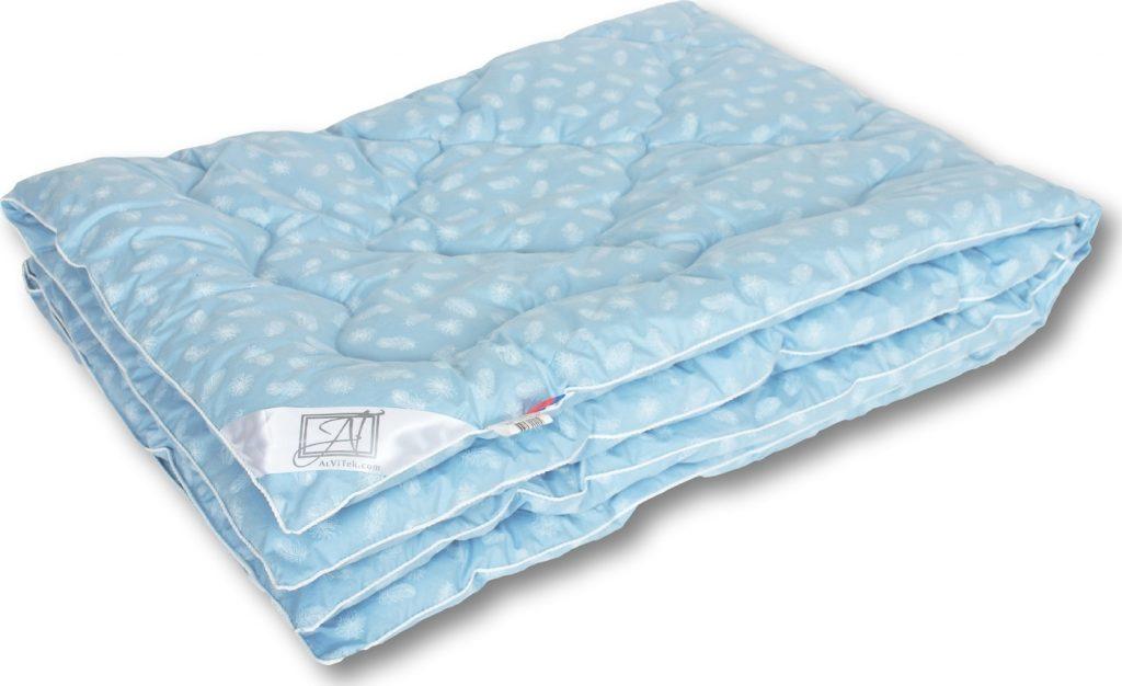 Тонкое одеяло