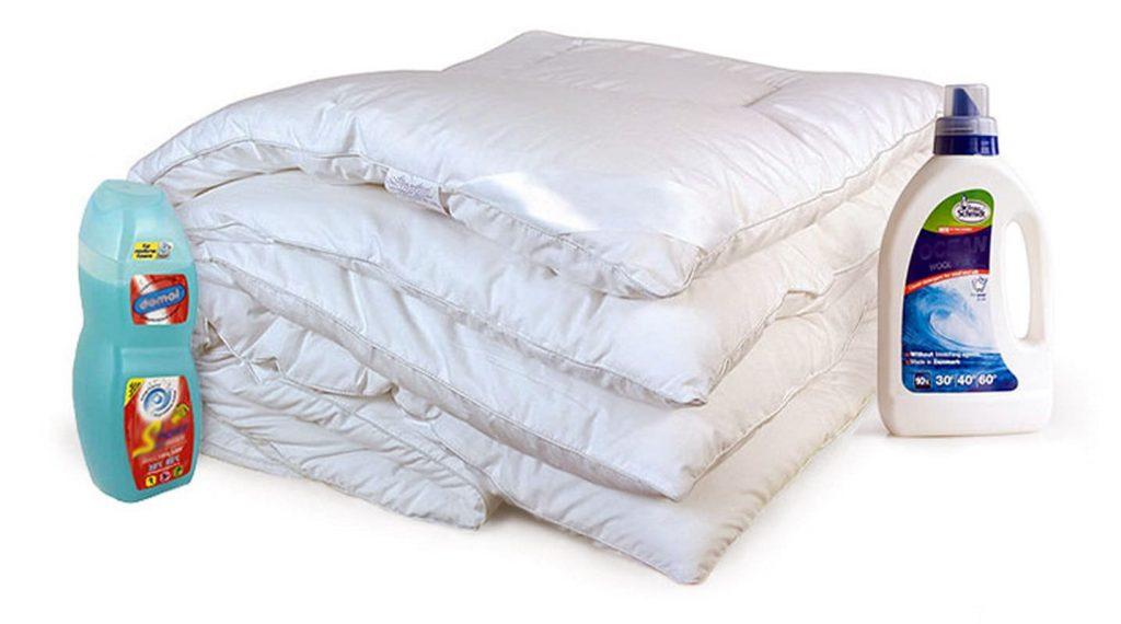 Одеяло светлое